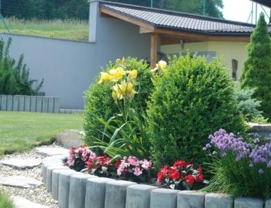 Záhrada rodinného domu 1
